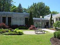Centre culturel Peter B. Yeomans