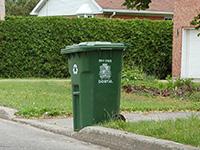 Collecte des matières recyclables et bacs de recyclage